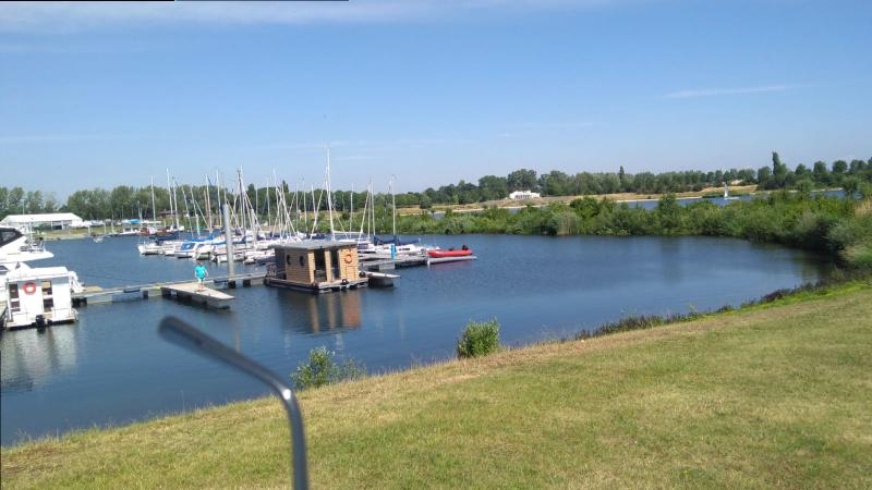 Comfort klasse M Otter Easyhouseboats thuishaven Spaanjerd