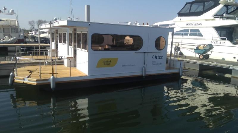 Comfort klasse M neben einander 3 Otter Easy Houseboats