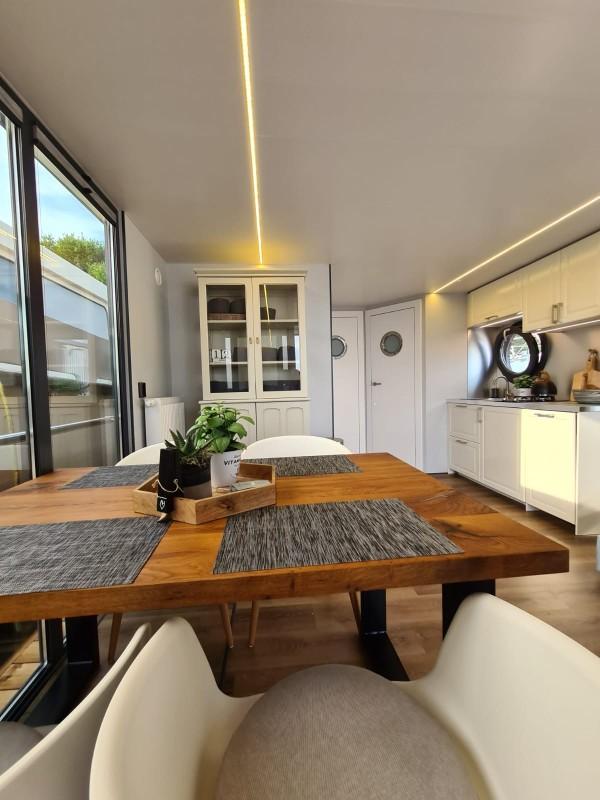 comfortklasse XL Otter Easy Houseboats eethoek met keuken web