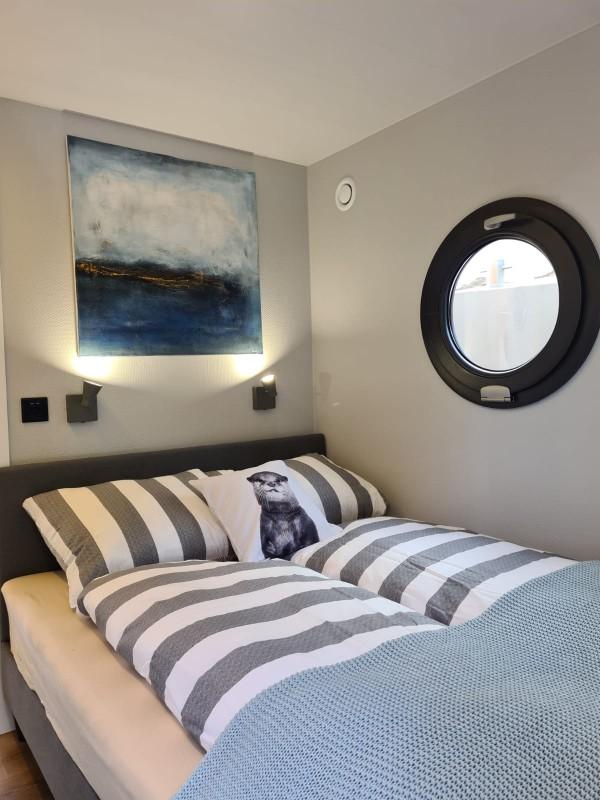 comfortklasse XL Otter Easy Houseboats slaapkamer2
