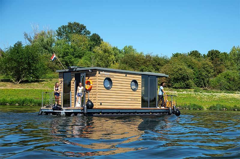 Comfortklasse M Otter Easy Houseboats exterieur1