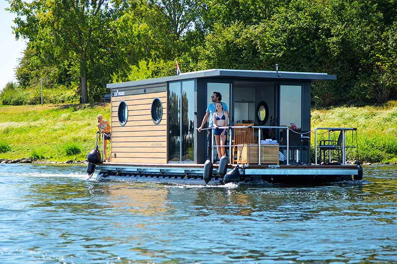 Comfortklasse M Otter Easy Houseboats exterieur2