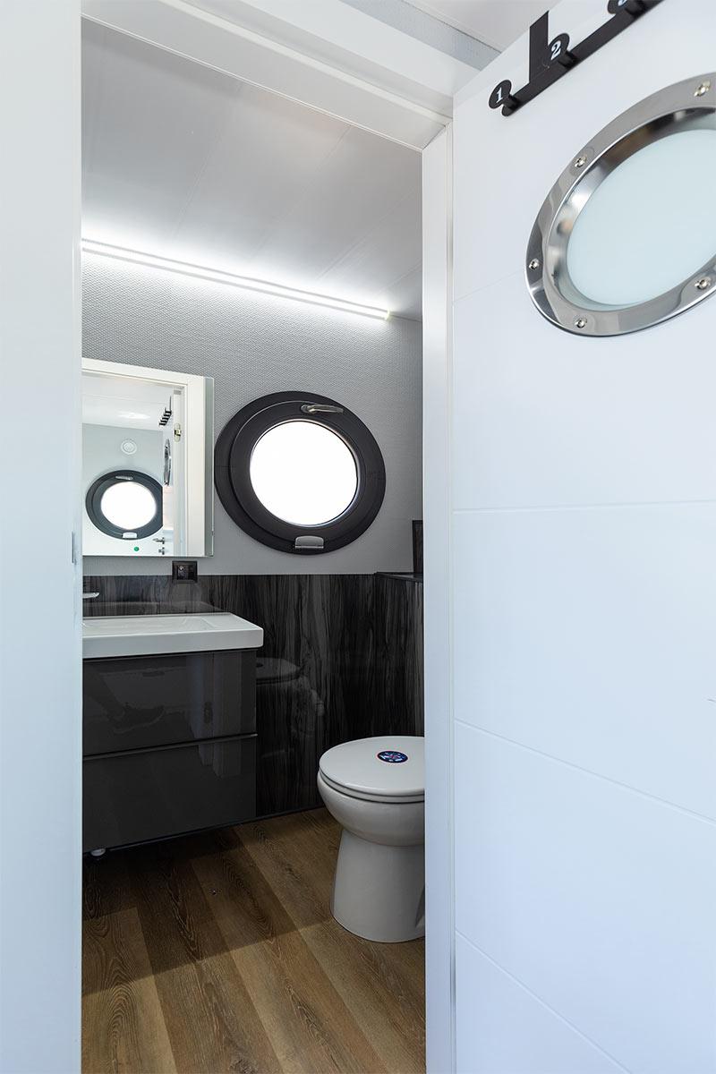 Comfortklasse M Otter Easy Houseboats interieur1