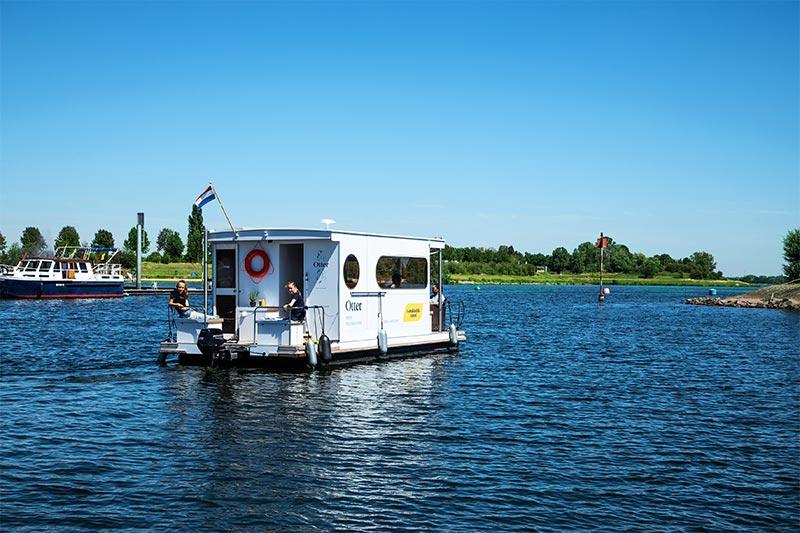 Hausboot mieten Holland Limburg Belgien Compactklasse Otter Easy Houseboats exterieur1