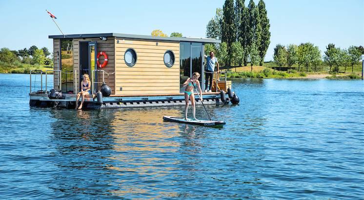 comfort M Otter Easy Houseboats