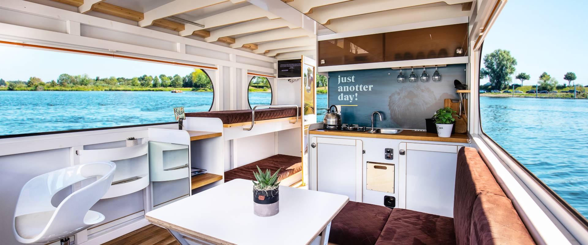 Huisboot huren Nederland Belgie Limburg
