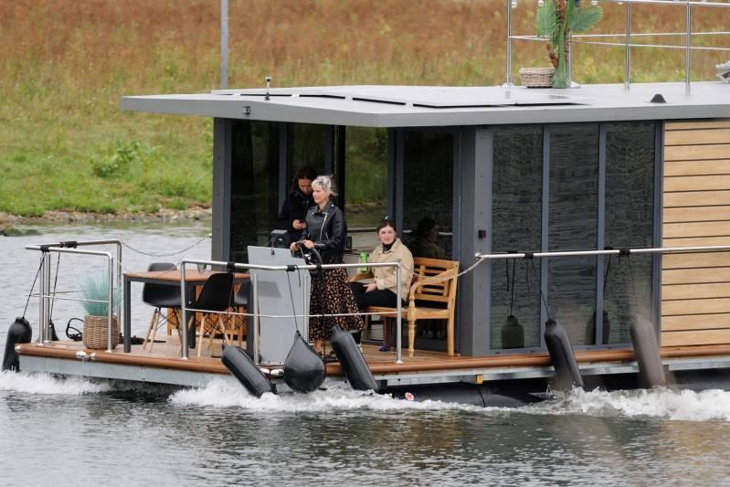 comfortklasse XL Otter Easy Houseboats exterieur