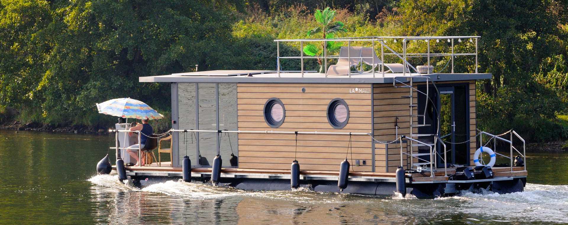 huisboot Limburg Nederland comfortklasse XL herfst winter