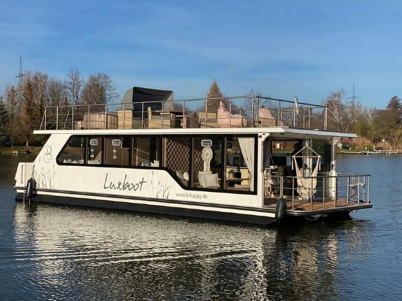 Otter Luxboot